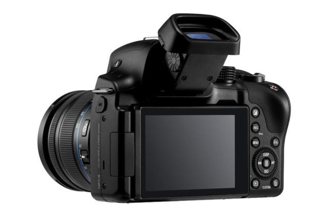 samsung-NX30-16-50mm_005-640x426